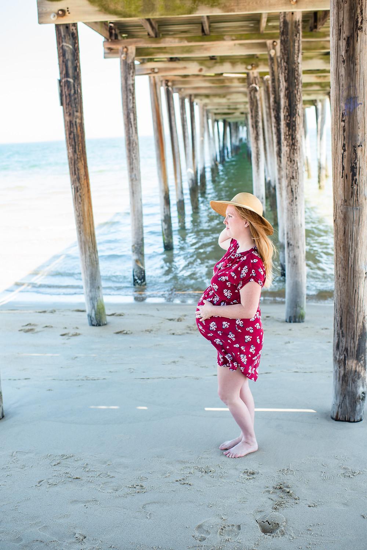 8 Months Pregnant {Virginia Beach Maternity Photography Lynnhaven Pier- Ashley}