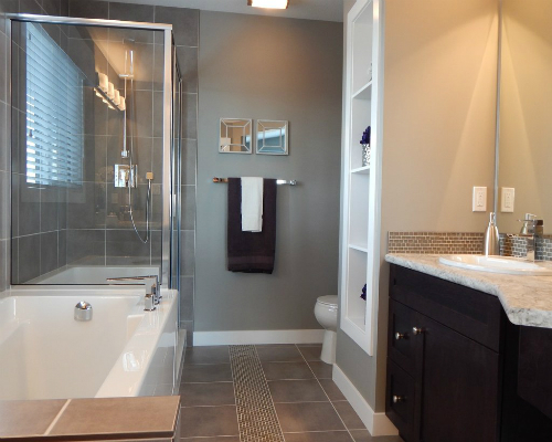 bathroom-881124_1920_1024x1024.jpg