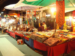 STANDS ARTISANAUX