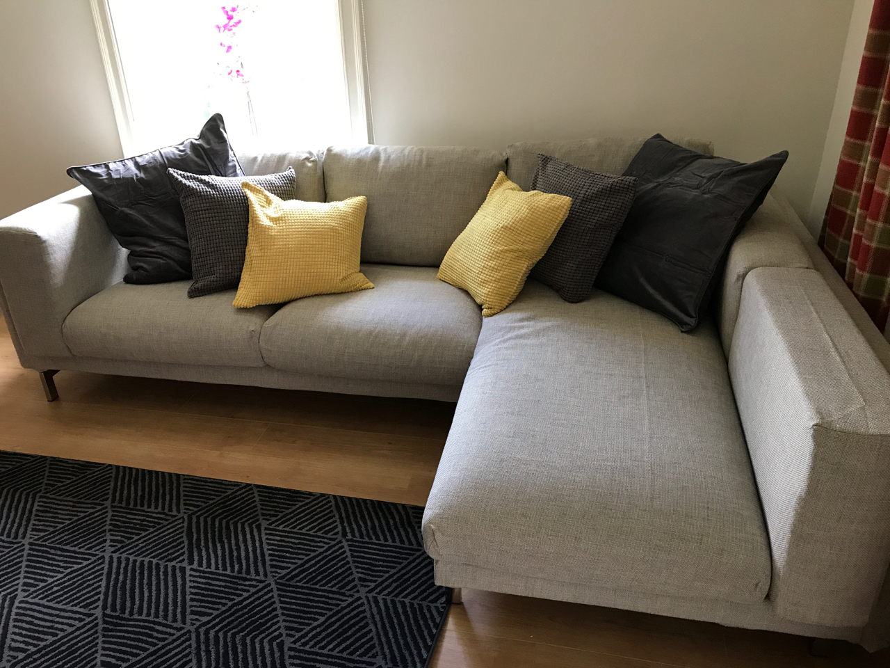 Ikea sofa North Norfolk assembled by www.norwichflatpack.co.uk