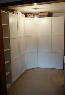 Ikea PAX wardrobes assembled by www.norwichflatpack.co.uk walk in wardrobe