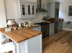 New oak worktop and customisation