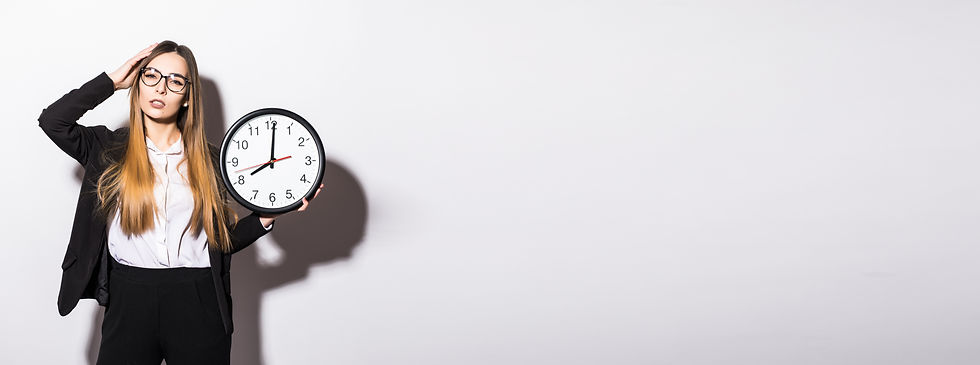lating-young-woman-holding-hands-clock-w