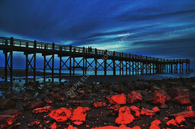 Pier Red Rocks