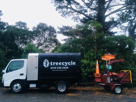 Arborist truck and chipper