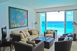 371 - Living room
