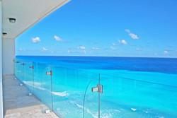 cancun-beachfront-condo-371