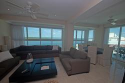 3703-livingroom3-smaller