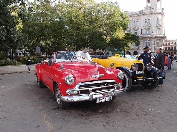 La Havana center, Blue Sky and Wine