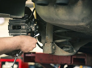 mechanic-1696914_640_edited.jpg