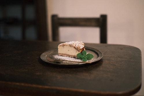 サツマイモとくるみクランブルのチーズケーキ20cmホール