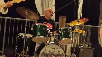 drumslive.jpg