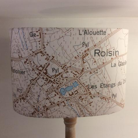 Lampe carte topographique©IGN-NGI Roisin