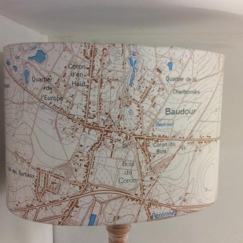 Lampe carte topographique ©IGN/NGI Baudour