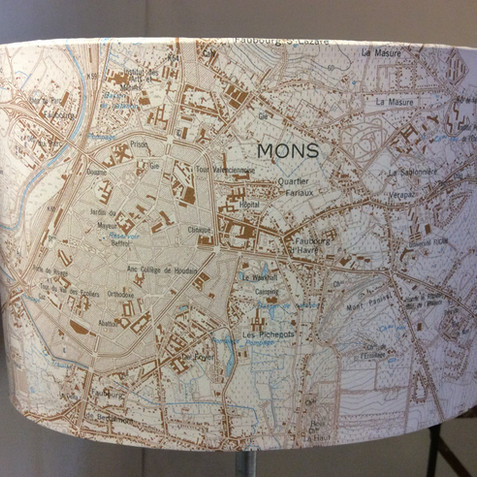 Lampe carte topographique ©IGN-NGI  Mons