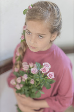 Alina z vrtnicami