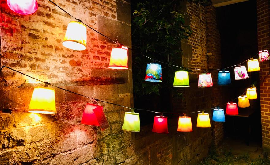GUIRLANDE DE LAMPIONS 130€-140€-150€