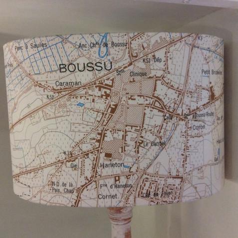Lampe carte topographique ©IGN-NGI Boussu