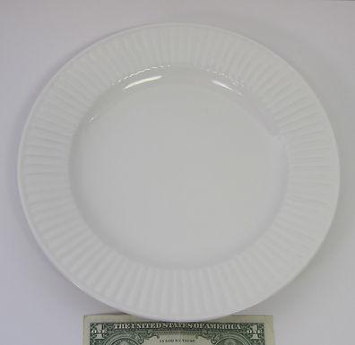 fluted salad plate