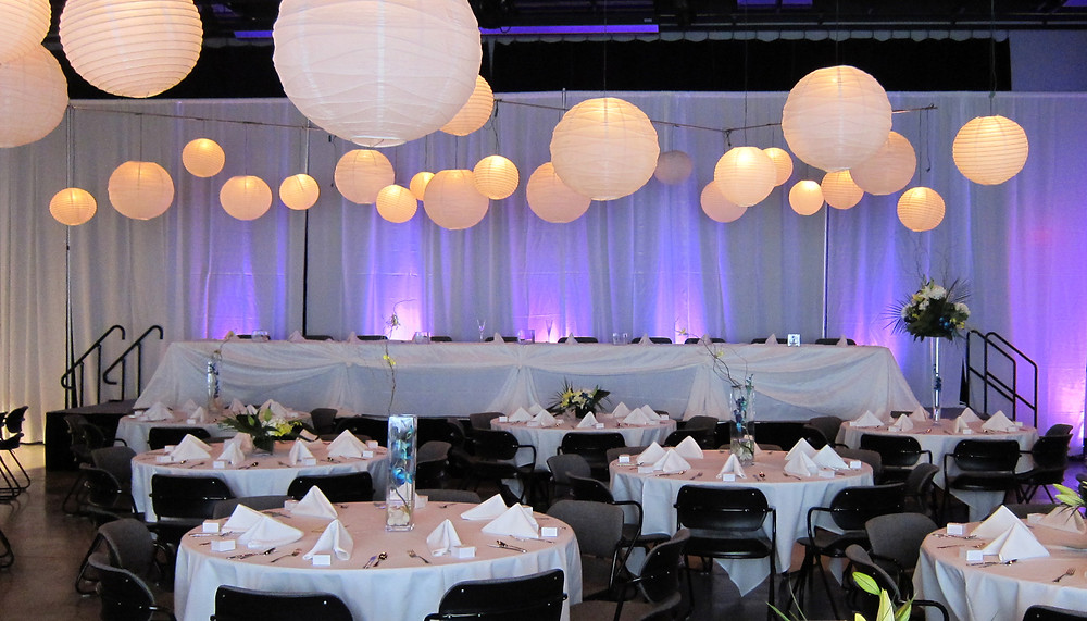 dahl fine art wedding decor