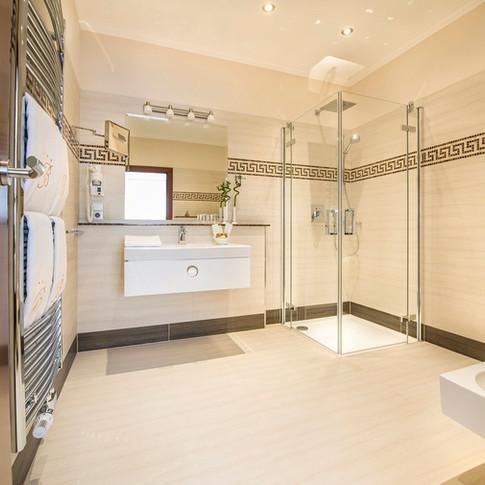 Residence Bellevue-Boppard-Badezimmer.jpg