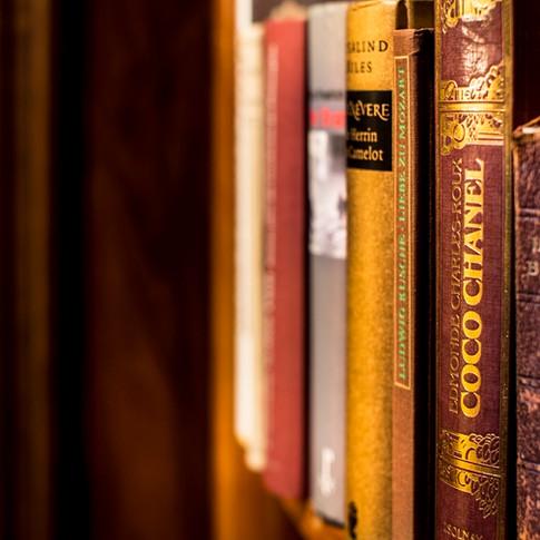 Residence-Bellevue-Boppard-Bücher.jpg