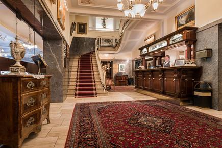 Bellevue-Rheinhotel-Foyer-Eingangshalle.jpg