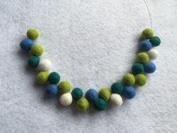 Atom green