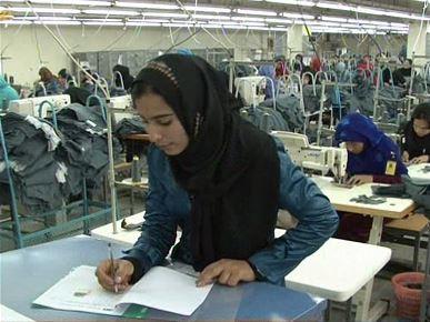 A Safi manager checks progress