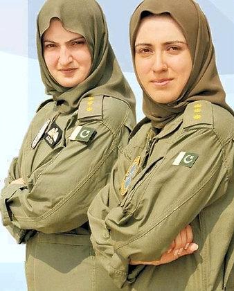 Female Army Uniform w/Hijab