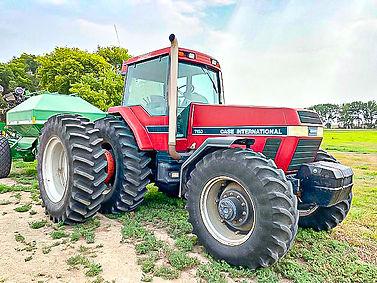 IMG_7418_Tractor-2.jpg