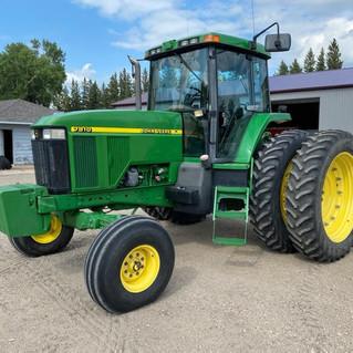 tractor no loader.jpg