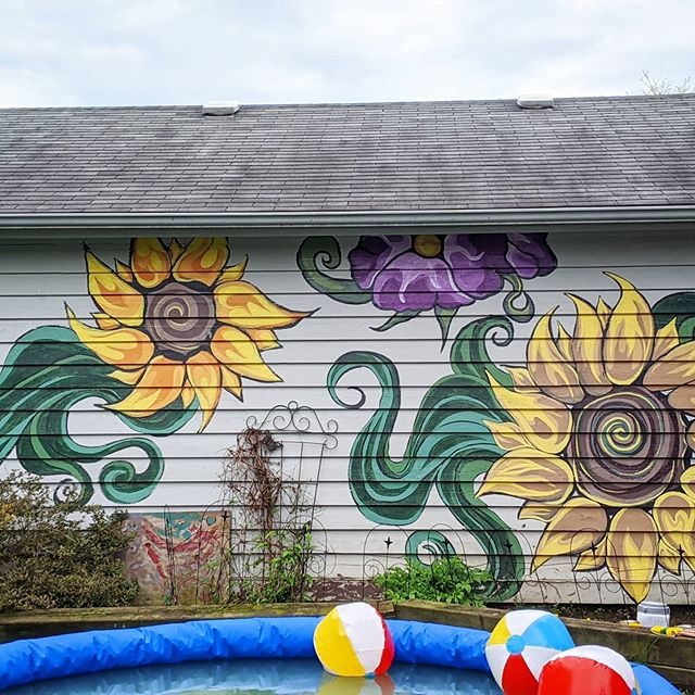 Finally finished this #sunflower #mural
