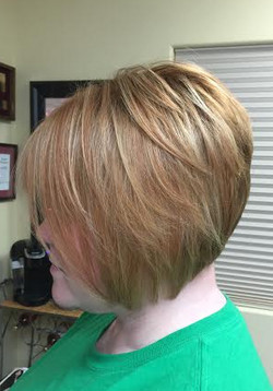 Natural red head with highlights and low
