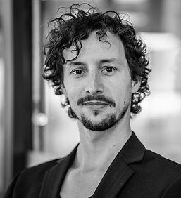 2B - Luca Severi, regista _ director e _