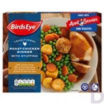 BIRDS EYE TRADITIONAL ROAST CHICKEN DINNER WITH STUFFING 400 G