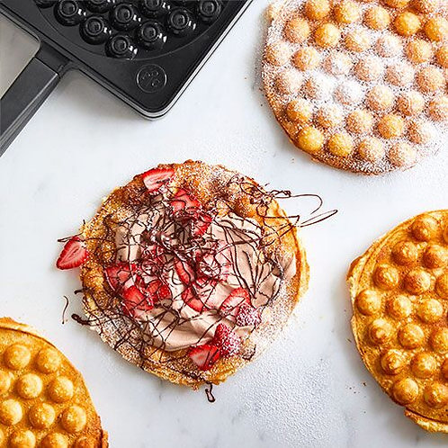 Strawberry and Nutella Bubble waffle