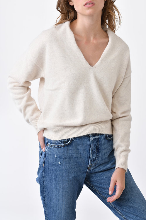 100% Cashmere 4 Ply V-neck Sweater