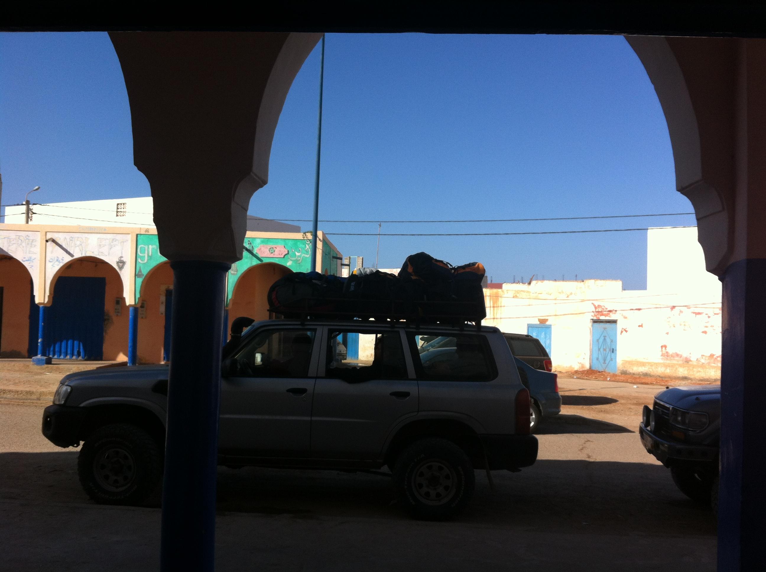 Ready to go paragliding Morocco