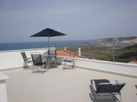 360 panoramic views of ocean, hills and the town of Nazare