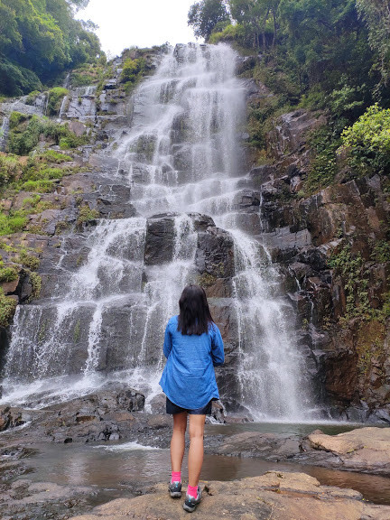 Tyrshi Falls, Picture By : Neha Anand Jha  © (tinystunningstories)