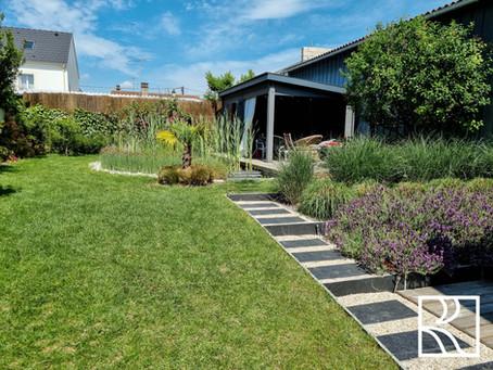 Évolution d'un jardin réalisé en 2019 aux Clayes-sous-Bois (78)