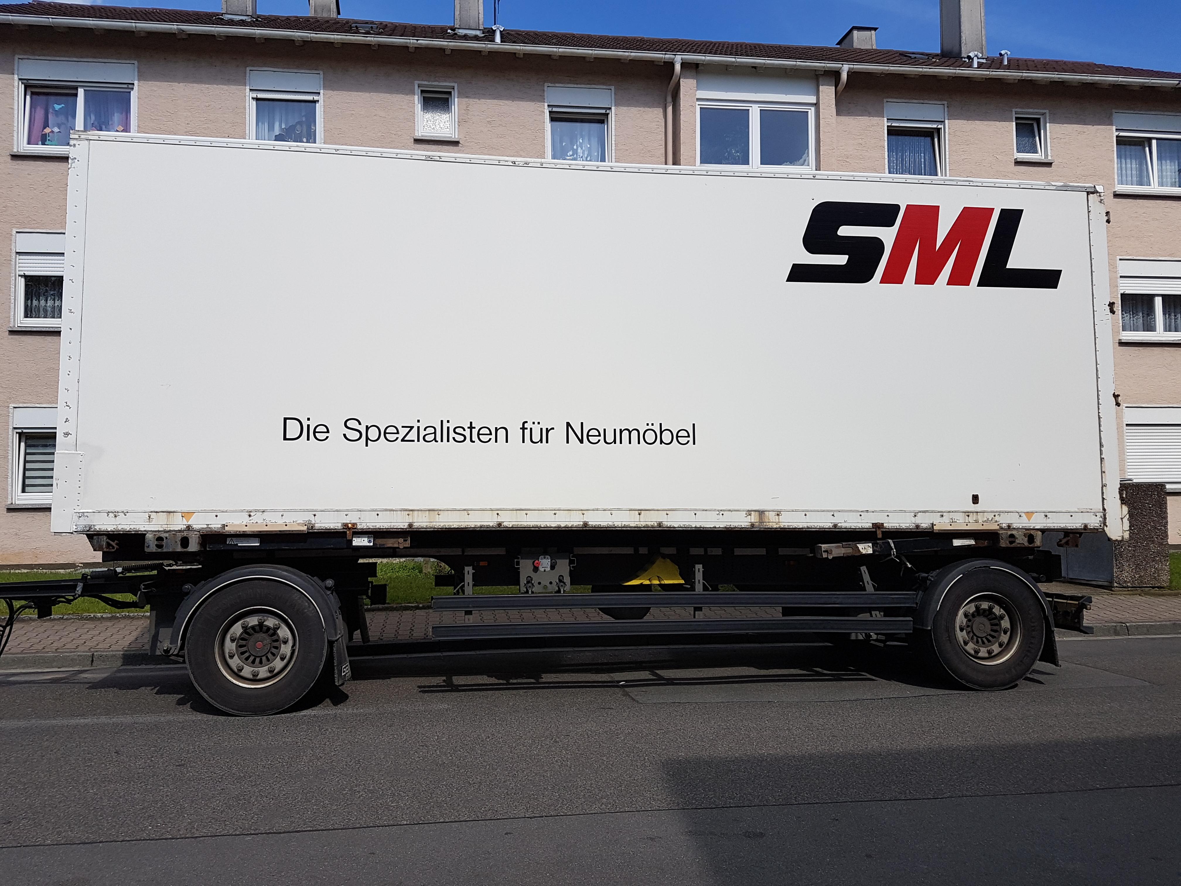 """""""Die Spezialisten für Neumöbeln"""""""
