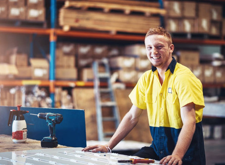 Looking after Inexperienced Workers