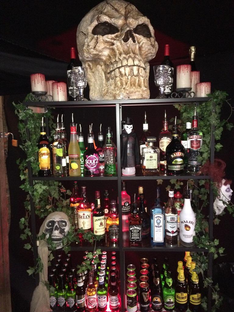 themed bar