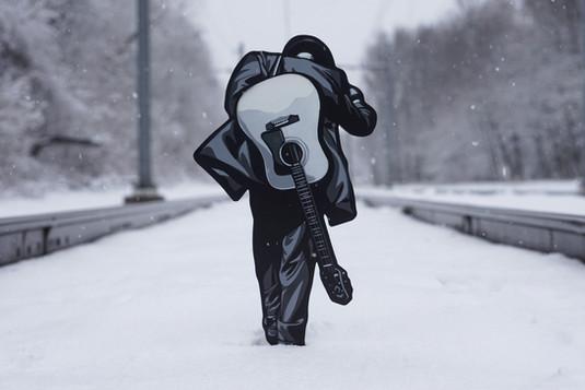 Winter_tracks_low_resolution.jpg