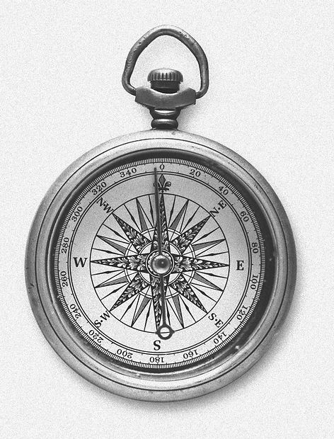 Vintage Compass_edited_edited_edited_edited.jpg