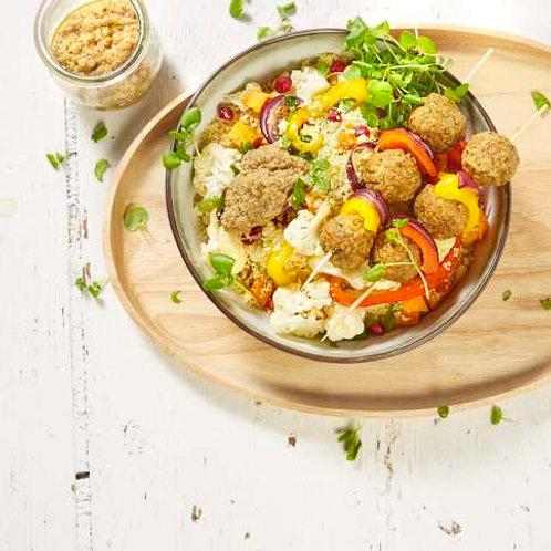 Couscous aux légumes grillés et brochette de falafels