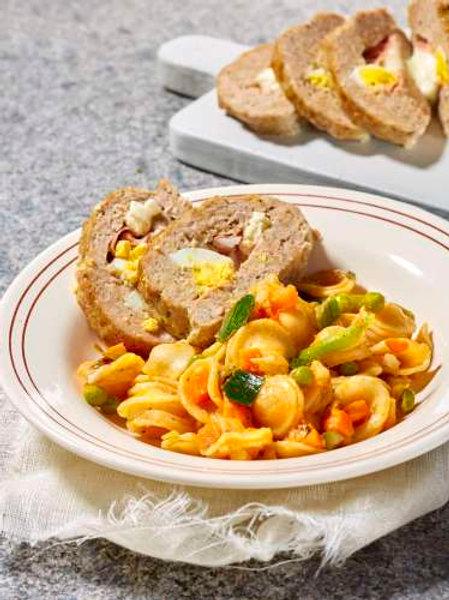 Pain de viande à l'italienne et pâtes aux légumes minestrone