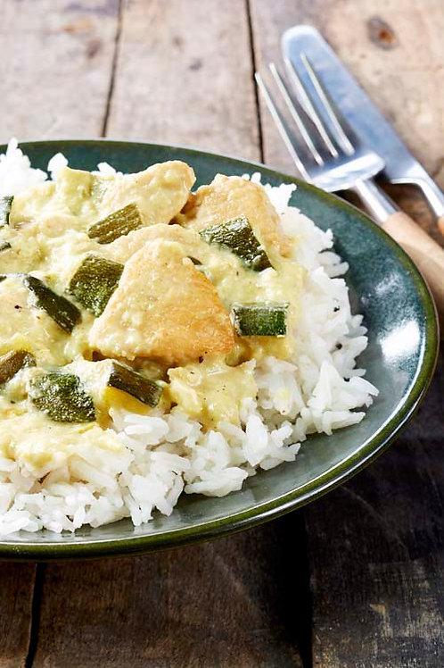 Dinde aux dés de courgettes sauce curry-coco
